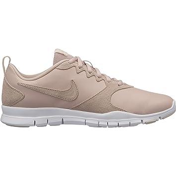 buy online d407c 5ba54 Nike Wmns Flex Essential TR Lt, Scarpe da Fitness Donna, Multicolore Particle  Beige-Guava Ice 200, 36.5 EU: Amazon.it: Sport e tempo libero