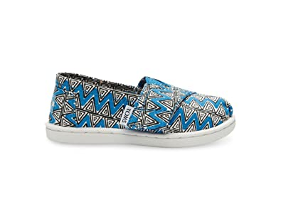 ce6c744c80c Toms Classics Blue Canvas Chevron 10006646 Tiny 9
