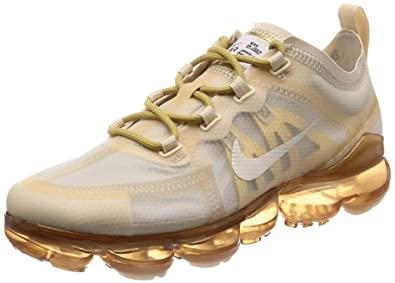 4496c10397 Nike Women's Air Vapormax 2019 Cream/Sail Light Bone/Metallic Gold Mesh  Running Shoes