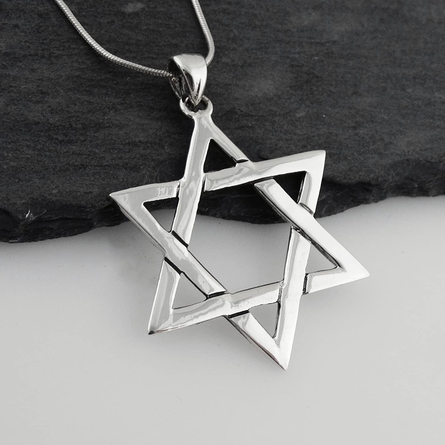 18 Snake Chain Sterling Silver Jewish Star of David Pendant Necklace