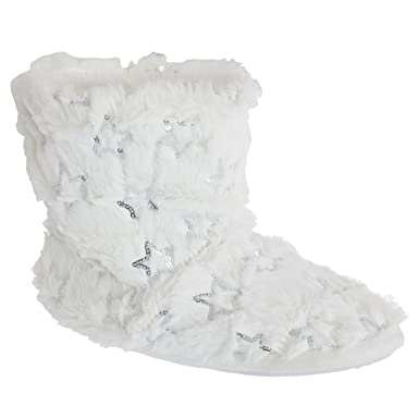 63c5f80782f9 Slumberzzz Womens Ladies Fluffy Grippy Slipper Boots (3 4) (White ...