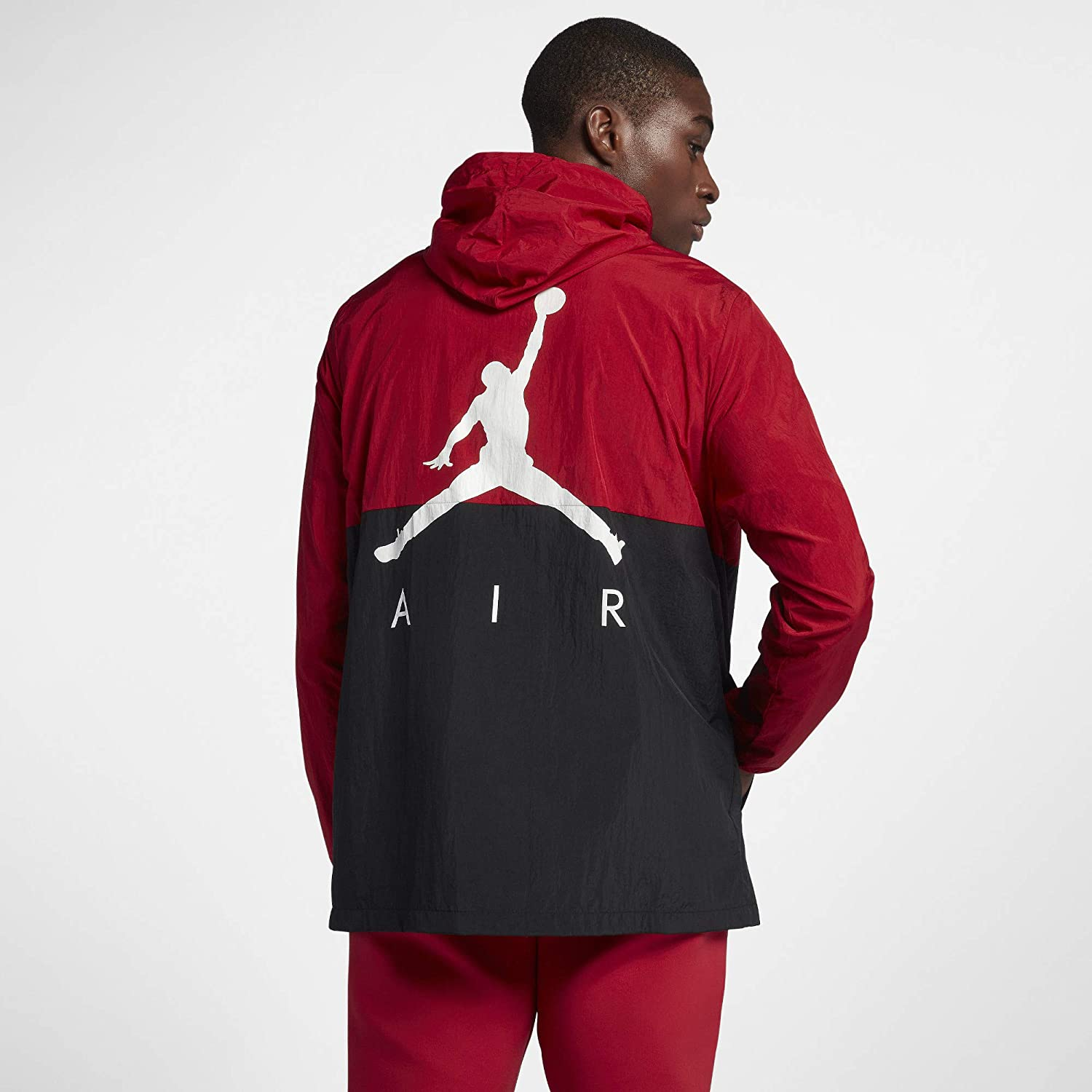 ace069b911cd61 Jordan Jumpman Air Windbreaker  Amazon.ca  Clothing   Accessories