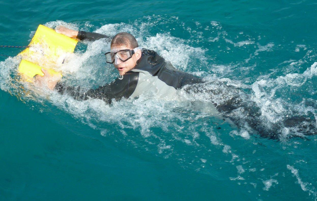 Amazon.com: El Nautboard es un juguete de yate submarino ...
