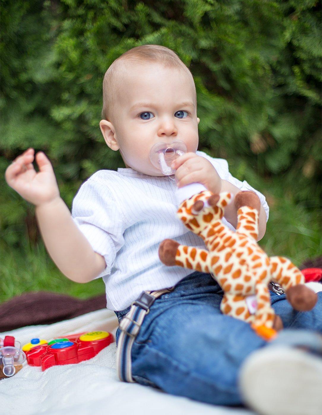 Porta-mordedor Chupador con correa cierre /& Sonido Chupete con jirafa BabyHuggle Juguete de felpa suave con chup/ón separable de silicona Chupeta con peluche para beb/é