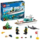 LEGO 60221 City Great Vehicles Diving Yacht Boat Toy with Diver Minifigures, Sea Creatures and Swordfish Figure, Deep Sea Set for Kids 5+ Years Old