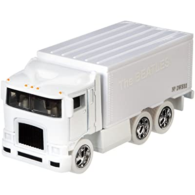 Hot Wheels The Beatles Hiway Hauler Vehicle: Toys & Games