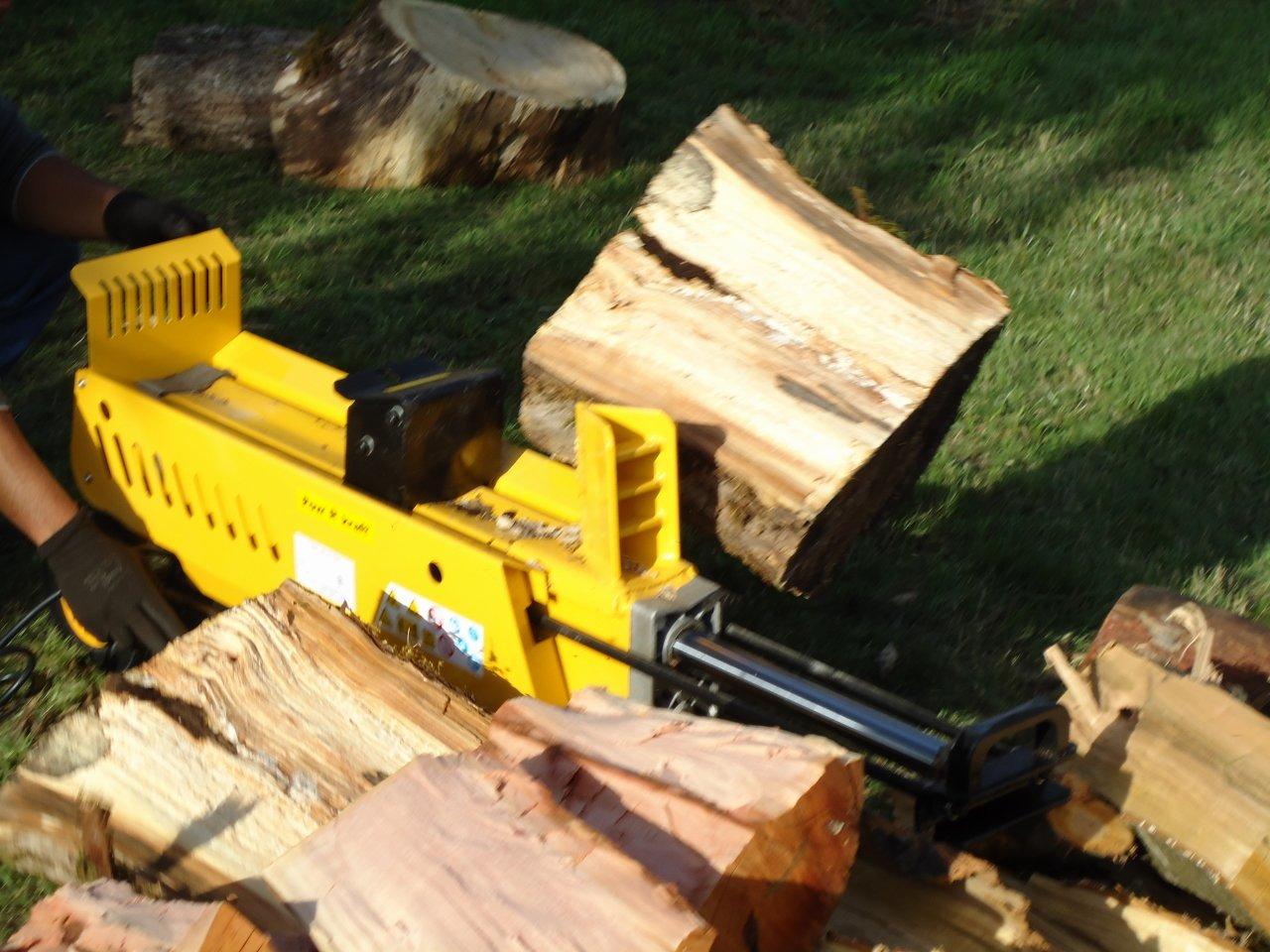 PowRkraft Pow'R'kraft 7-Ton Log Splitter w/ 2-Speed~Power Stroke (PK65575)