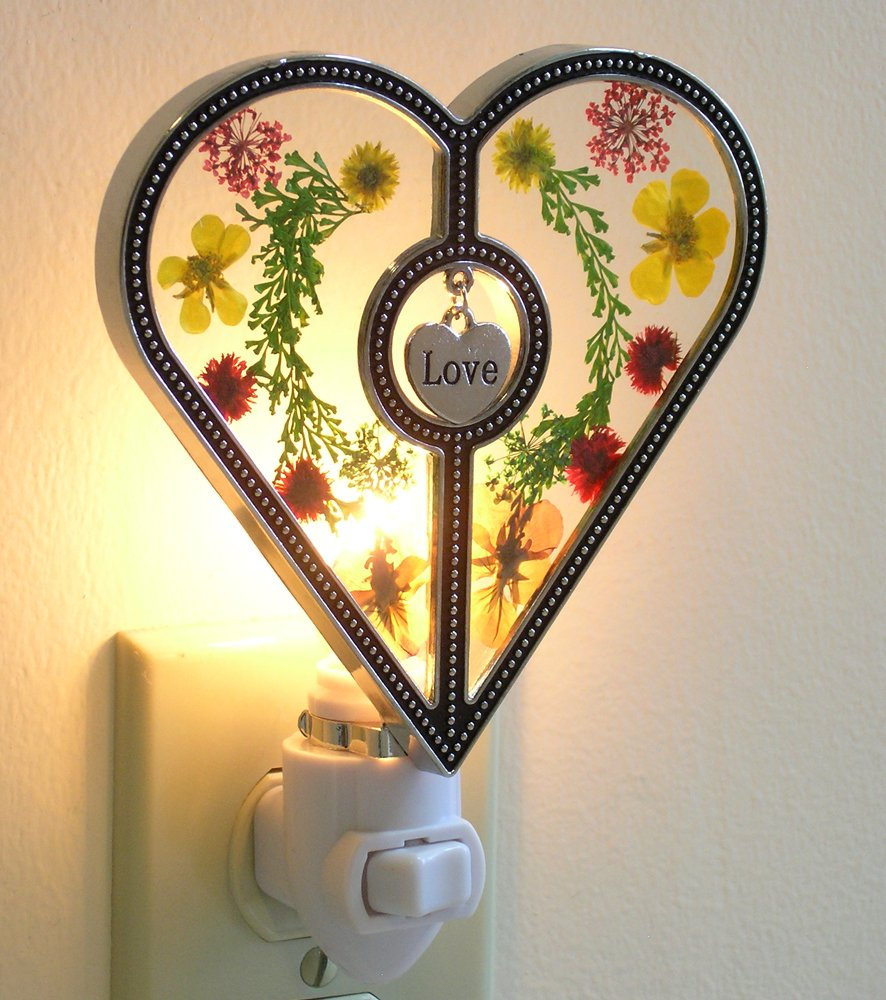 Heart Shaped Nightlight with Pressed Flowers - Hanging Engraved Love ...