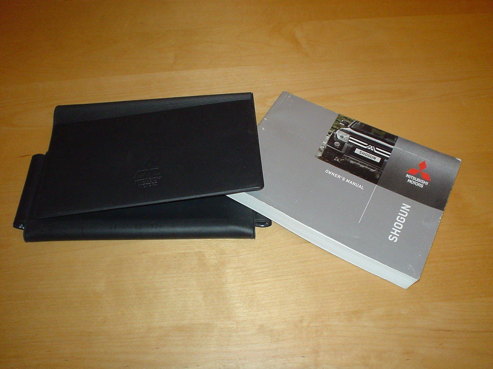mitsubishi shogun owners manual handbook with wallet 2006 2013 rh amazon co uk Mitsubishi Pajero Shogun user manual mitsubishi pajero