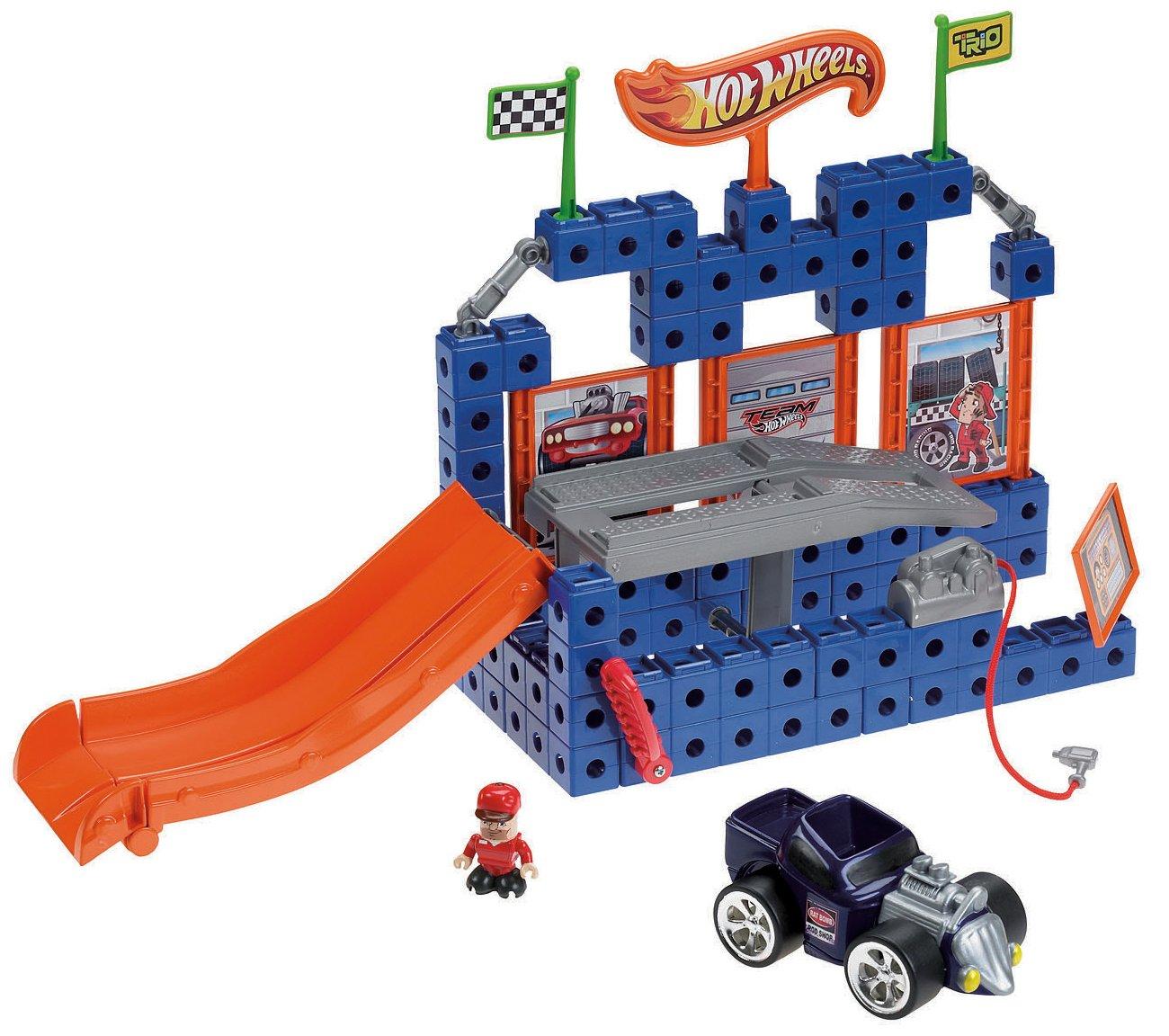 fisherprice trio hot wheels lift 'n go garage amazonca automotive -