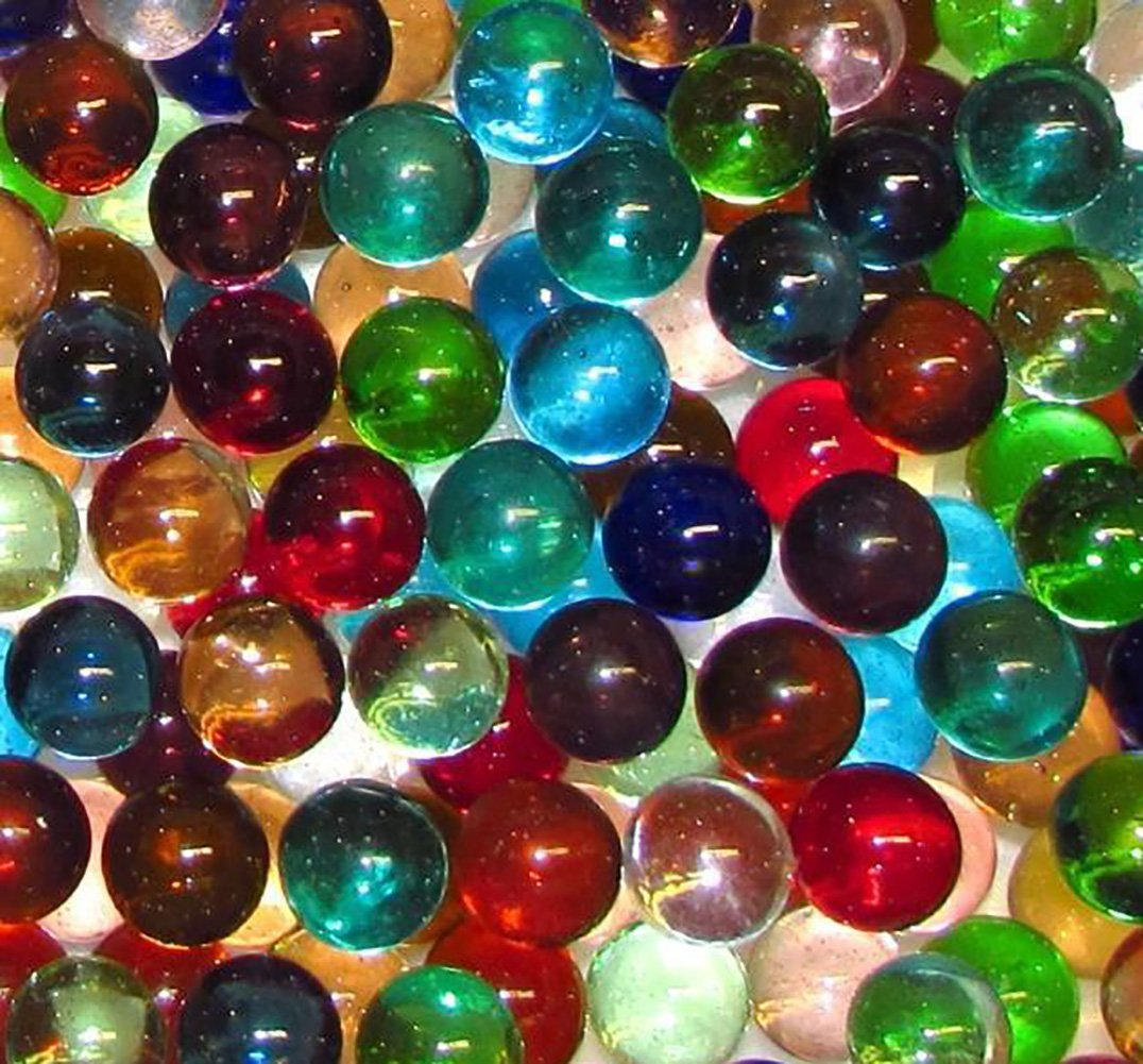 Unique & Custom {9/16'' Inch} 2 Pound Set Of 240 Small ''Round'' Clear Marbles Made of Glass for Filling Vases, Games & Decor w/ Random Cool Versatile Creative Fun Design [Assorted Colors]