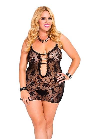 Amazon.com  Music Legs Women s Plus-Size Rose Lace Dress with Cut Out  Front 74cbb4819