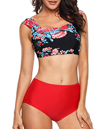 0c907f8c58e Amazon.com: UniSweet Womens Cute Stripe 2 Piece Crop Swimsuit Push up  Padding Bikini Set: Clothing