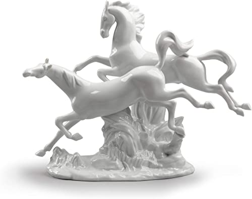 LLADR Horses Galloping Figurine. Porcelain Horses Figure.