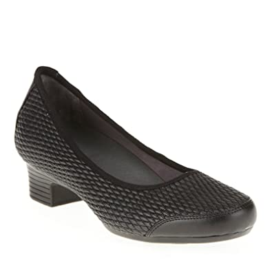 9a53e1396c5 FootSmart Stretchables Gina Pumps