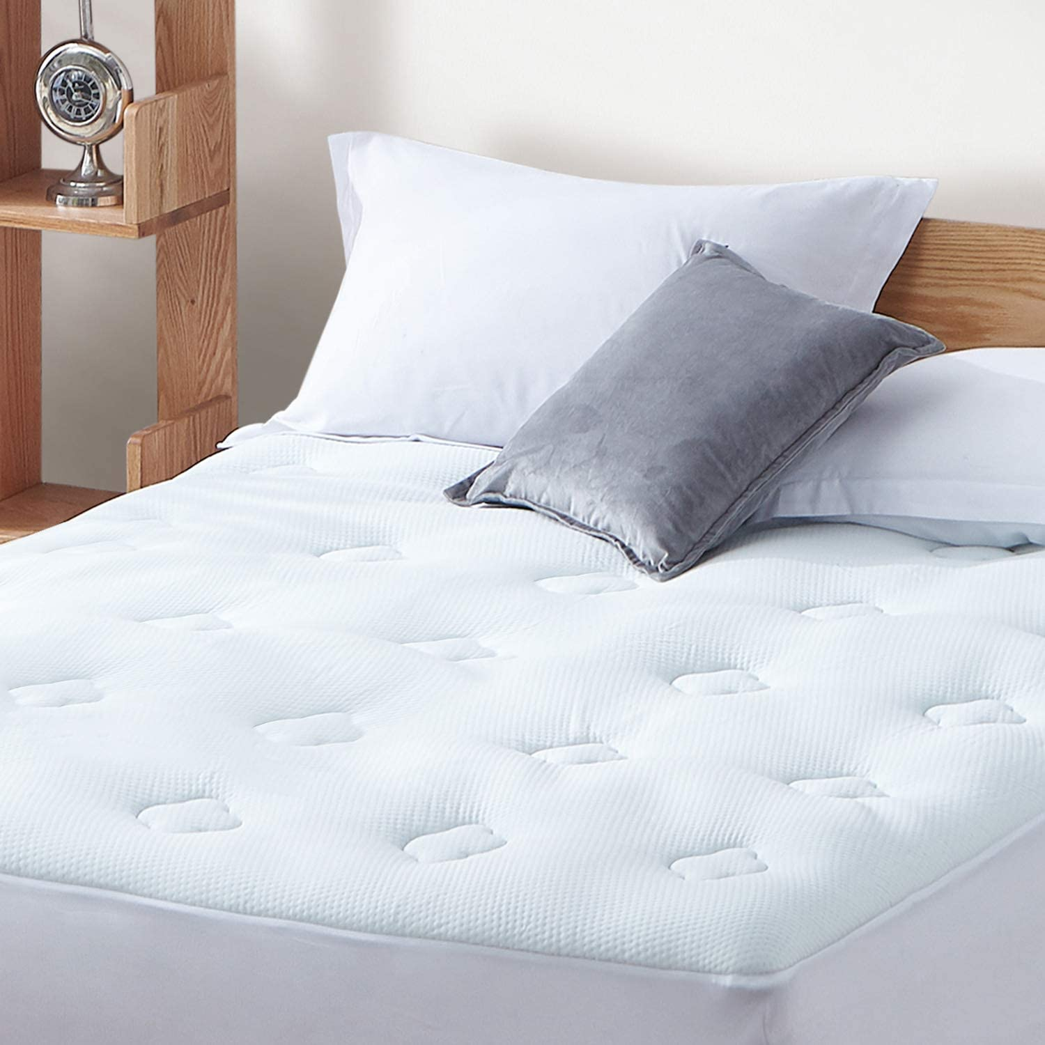 Hansleep Gel Memory Foam Mattress Pad King, Bamboo Mattress Pad Fluffy Mattress Protector with Deep Pocket, Breathable Cooling Air Mattress Topper Cover, 78x80 Inches