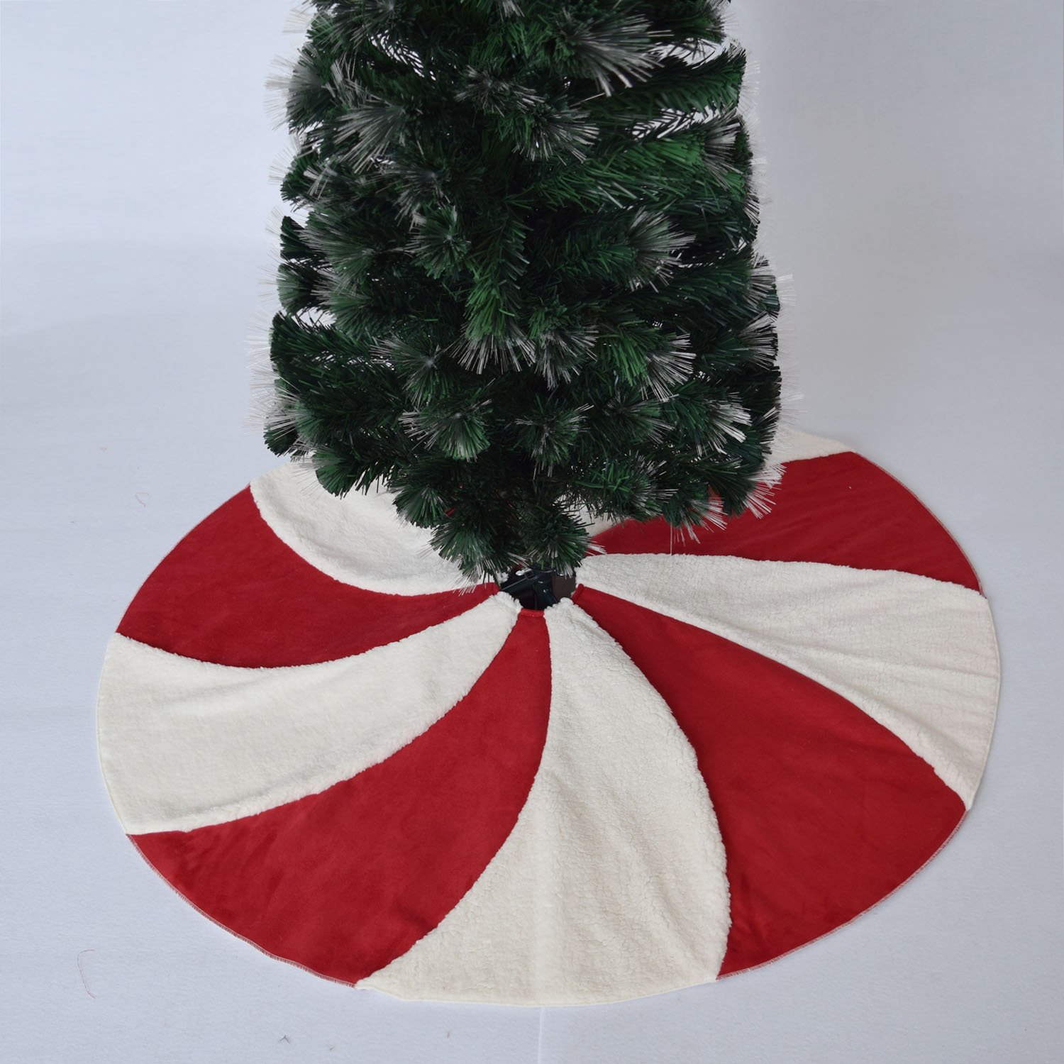 Gireshome 36 Patchwork Red and White sherpa Lollipop Design Christmas Tree Skirt XMAS Tree Decoration Merry Christmas Supplies Christmas Decoration