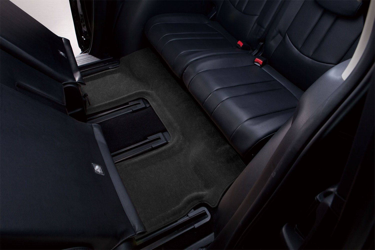 Classic Carpet 3D MAXpider Third Row Custom Fit All-Weather Floor Mat for Select Audi Q7 Models L1AD02632209 Black