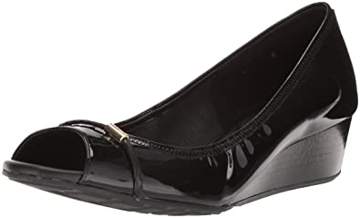 c4de906d7699 Cole Haan Womens Emory Braided Open Toe Wedge 40mm 5 Black Patent