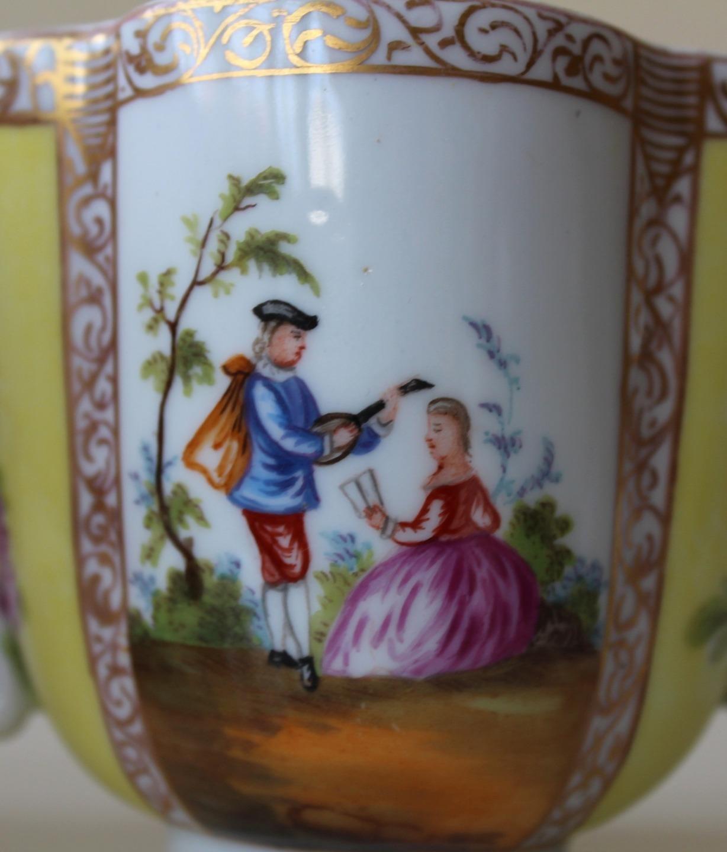 Datant de Dresde marques de porcelaine