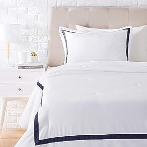 AmazonBasics Ribbon Embellishment Comforter Set - Premium, Soft, Easy-Wash Microfiber - Twin/Twin XL, Navy Blue
