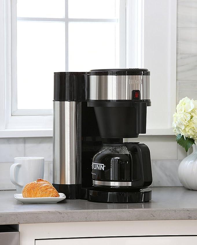 Amazon.com: BUNN NHS Velocity Brew 10-Cup Home Coffee Brewer: Drip ...