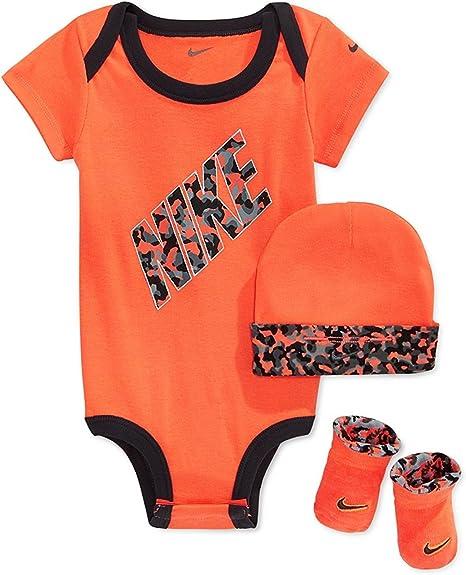 Nike bebé Juego de Body, gorro y patucos, tamaño: 0 – 6 meses: Amazon.es: Deportes y aire libre