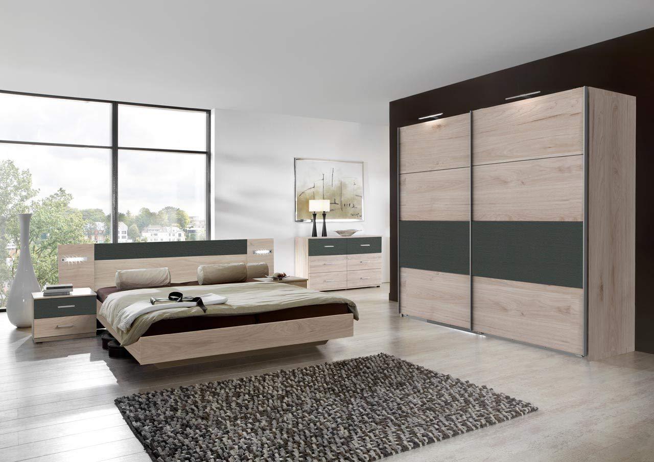 lifestyle4living Schlafzimmer Komplett Set in Eiche-Dekor und grau, 4-teilig | Modernes Komplettset mit Schwebetürenschrank, Bett und Nachtschränken