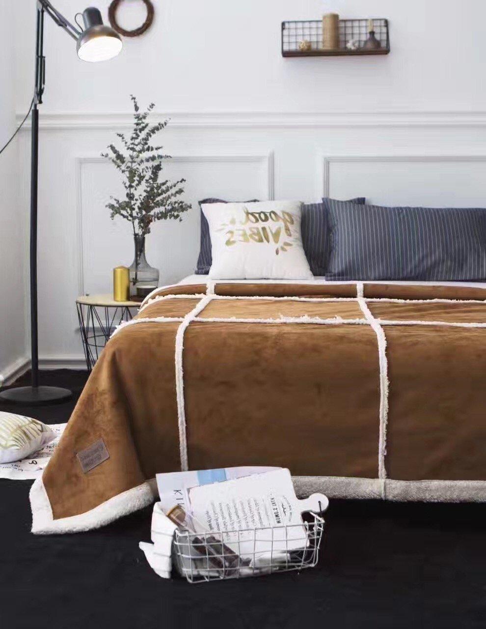 パッチワークスロー毛布フリース毛布高級スエードファブリックソリッドforベッドソファソファースーパーソフトCozyベルベットPlush Throw Blanket、秋冬暖かいブランケットby fashionstreets 145x195cm(57.1