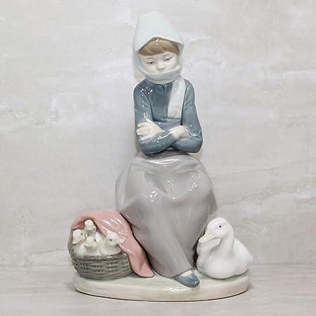 Lladro Duck Seller Collectible Figurine 1267 Glazed Finish