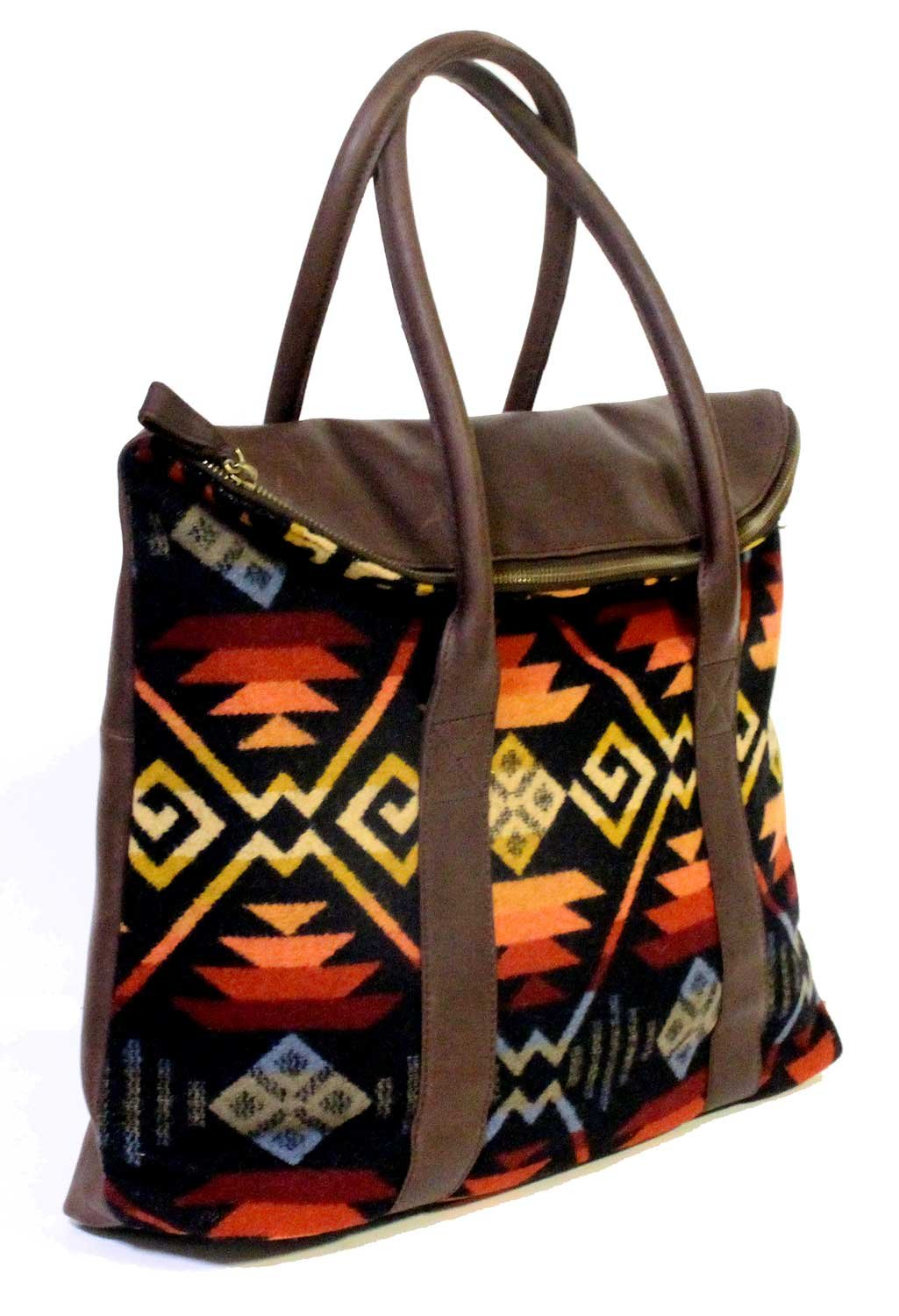 Pendleton Black Coyote Butte Leather Travel Tote | Carry All | Bag by Pendleton Woolen Mills (Image #2)
