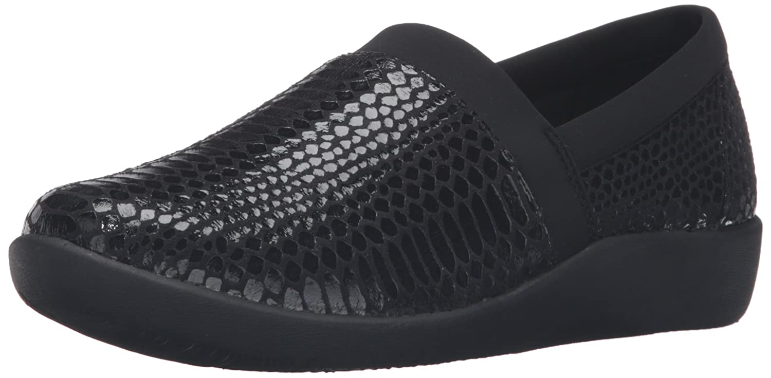 CLARKS Women's CloudSteppers Sillian Blair Slip-On Loafer B0198WRUVM 7 B(M) US|Black Python Synthetic