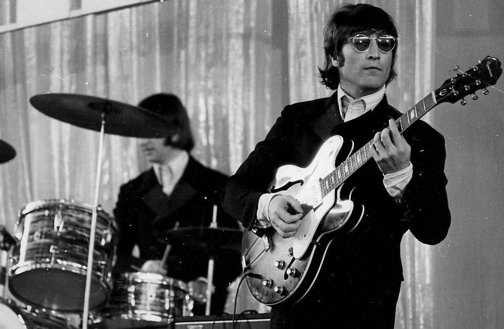 Amazon Com John Lennon Playing A Guitar Photo Print 10 X 8 Posters Prints