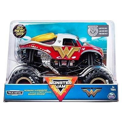 Monster Jam - Wonder Woman Truck, Die-Cast Vehicle, 1:24 Scale …: Toys & Games
