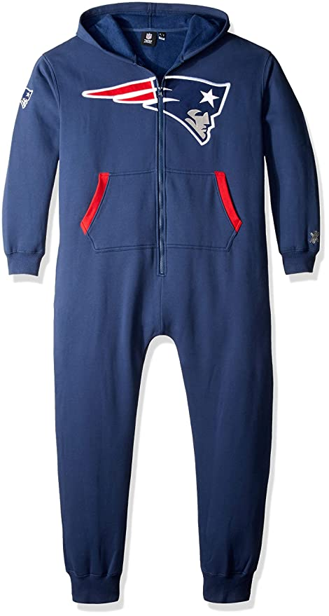 3a29a74cf25 Image Unavailable. Image not available for. Color  New England Patriots  Team Logo Klew Suit ...