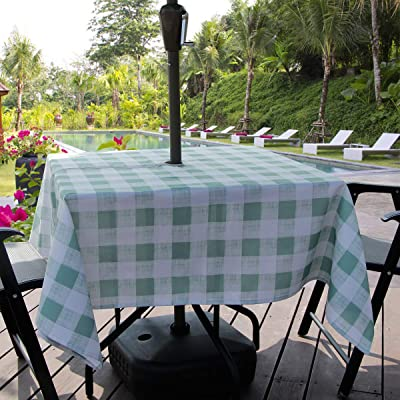 AooHome Outdoor Rectangular Table Cloth with Zipper, Stain Free Water Repellent Check Tablecloth for Patio Garden Tabletop Décor, Iron Free, Machine Washable, Heavy Duty, 60 x 84 Inch, Green: Home & Kitchen