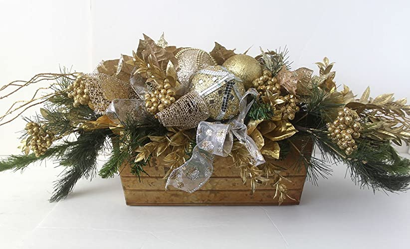 Christmas Tablescape Decor - Gorgeous handmade gold christmas table centerpiece