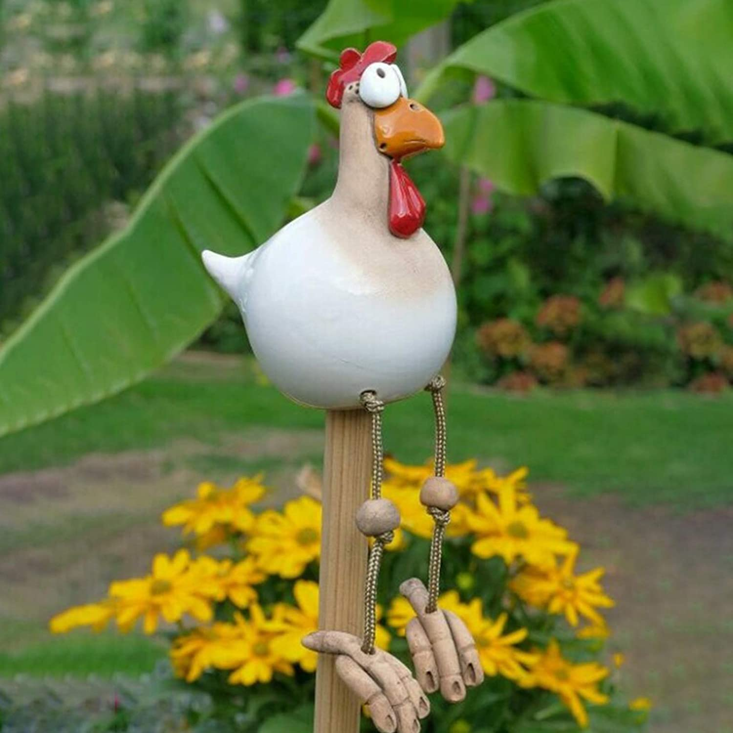 Funny Chicken Decor Yard Art, Resin Rooster Outdoor Statues Decorative Garden Stakes Resin Chicken Outdoor Statues Garden Animals Decor Farm Patio Yard Lawn Decoration Sculptures (White)