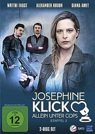 Josephine Klick Allein Unter Cops