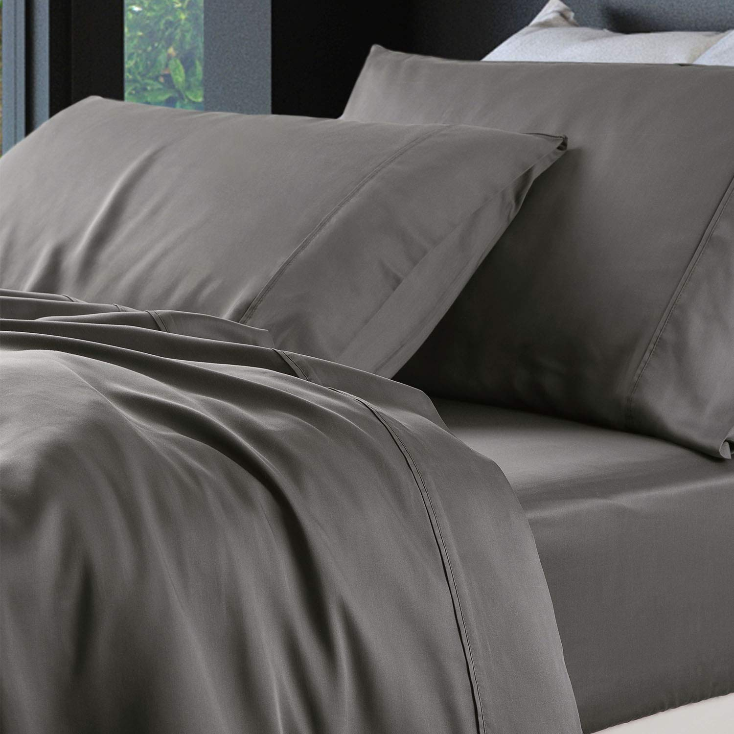 Amazon com bedsure bamboo bed sheet set queen size grey 100 bamboo viscose bed linen in gift box home kitchen