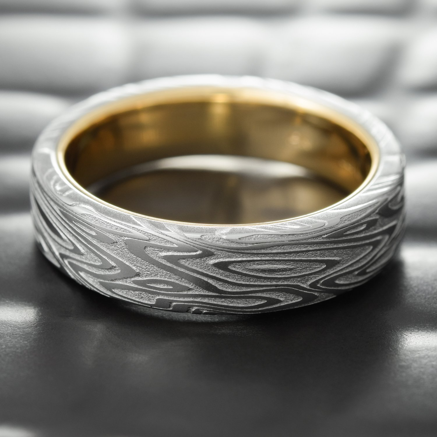 Amazoncom Flat Damascus Steel Mens Wedding Band with 14K Gold