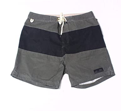 b51160809f Amazon.com: Globe Men's Dion Cellar Boardshorts: Clothing