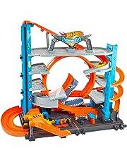 Hot Wheels Garage delle Acrobazie Playset con Pista Connettibile per Macchinine, Loop a Doppia Corsia, Ascensore e Squalo per Stimolare Fantasia, Giocattolo per Bambini, dai 5 + Anni, FTB69