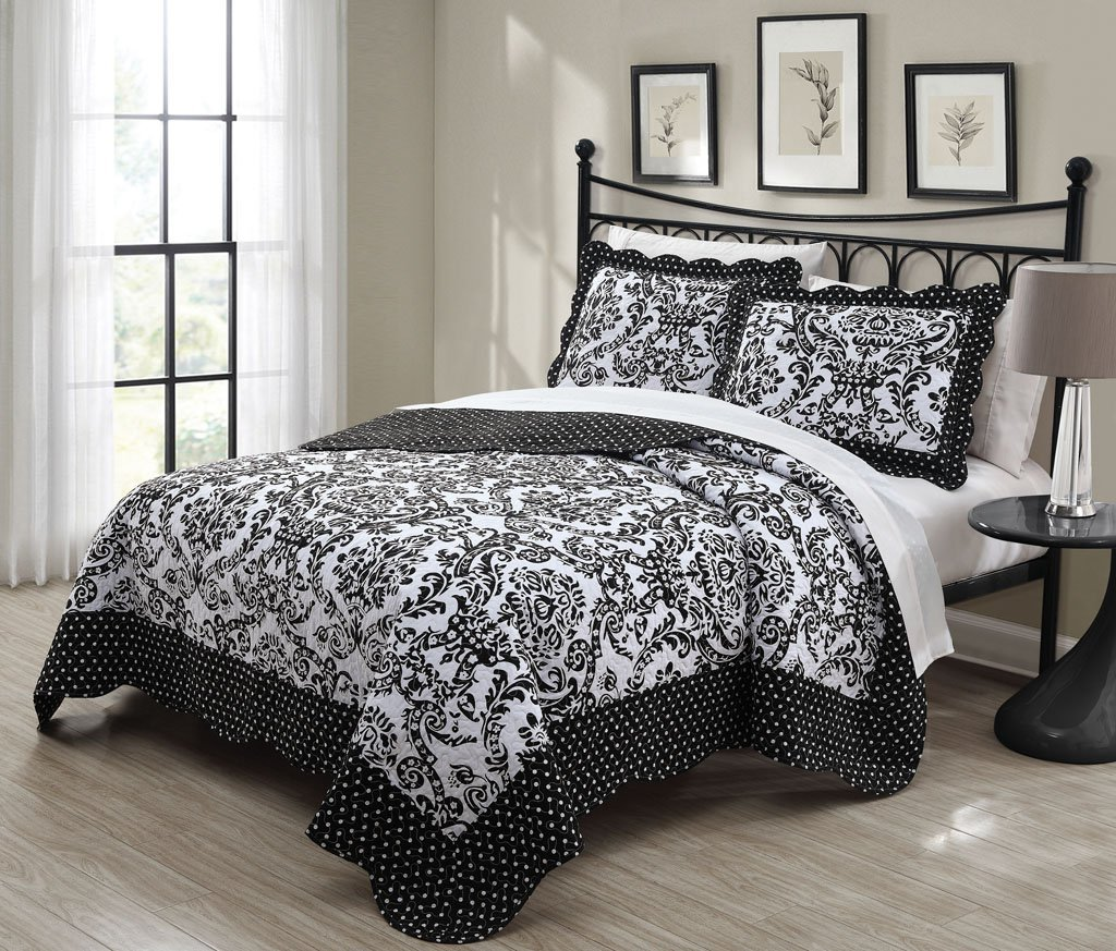 Bed sheet set black and white - 3 Piece Queen Donato Black White Quilt Set