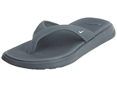 07714f56cfa Nike Men s Ultra Celso Thong Sandal Cool Grey White 7 D(M) US  Buy Online  at Low Prices in India - Amazon.in