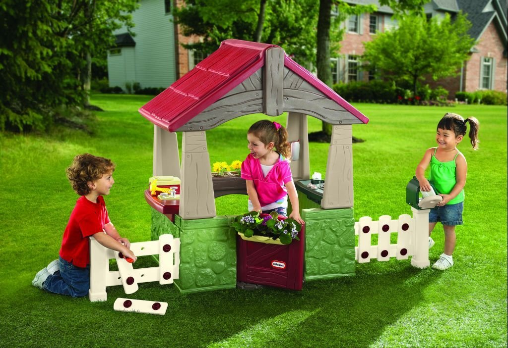 amazoncom little tikes home and garden playhouse toys games - Garden Sheds For Kids