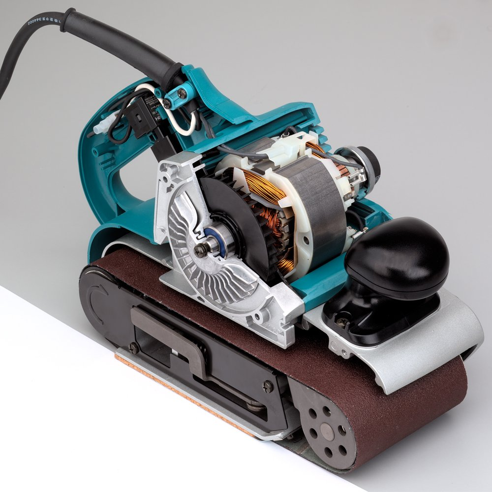 Makita 9403 featured image 5