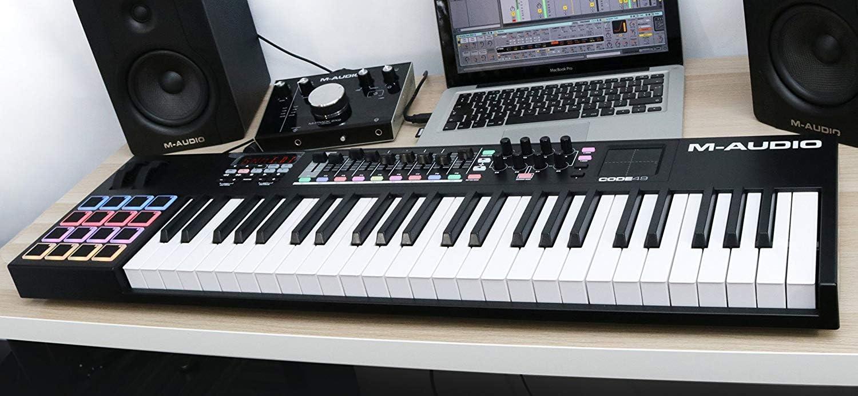 M-Audio CODE 49 + SP-2 - Teclado controlador MIDI USB con 49 ...