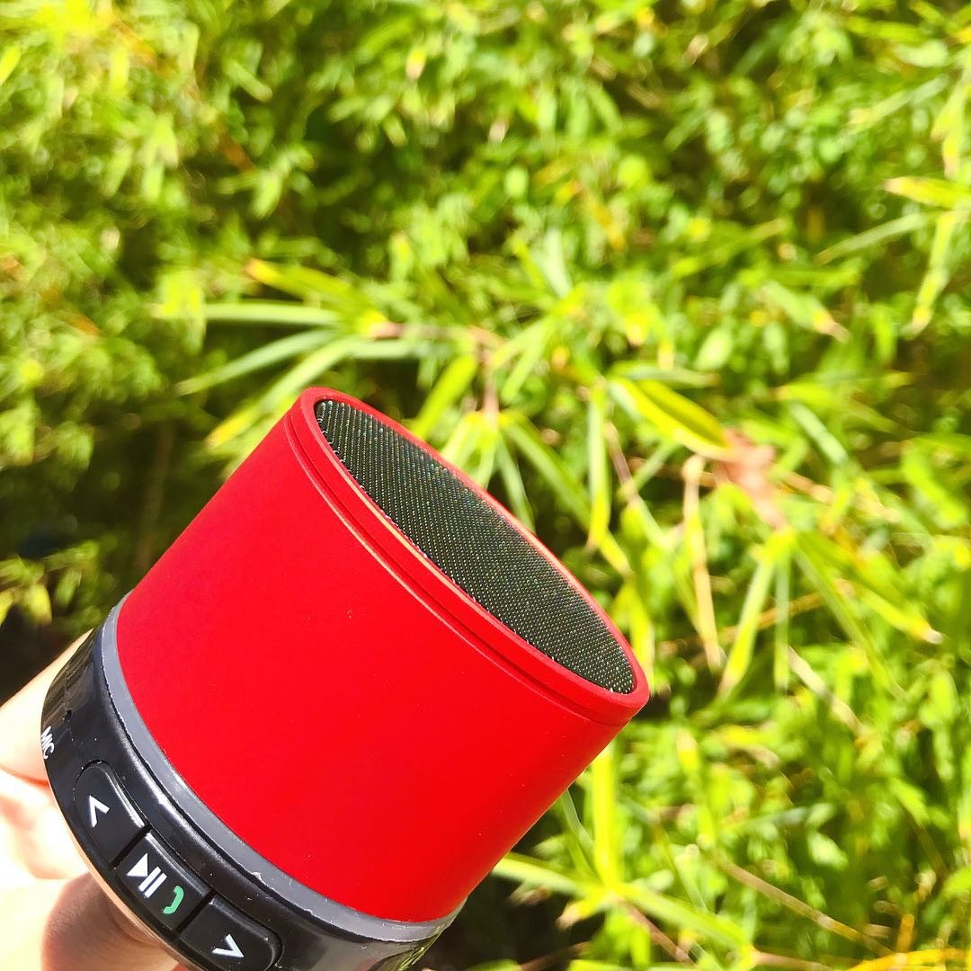 AGT HD Red Metal Mini S10 Wireless Bluetooth Loud Sound Outdoor Speaker Handfree Use for Biking Hiking Swimming BBQ Beach Party