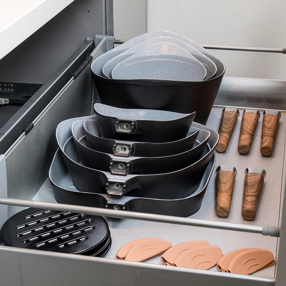 Cecotec Batería de Cocina de 19 Piezas Premium Black Stone Sartenes y ollas de Alta Gama. Revestimiento Ceramium. Aptas para Todas Las cocinas. ...